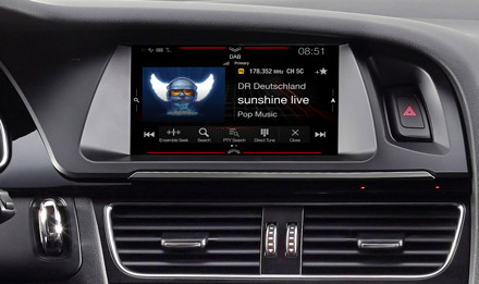 Audi A4 - DAB Digital Radio - X702D-A4