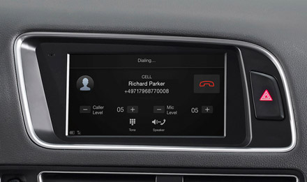 Audi Q5 - Built-in Bluetooth® Technology - X702D-Q5